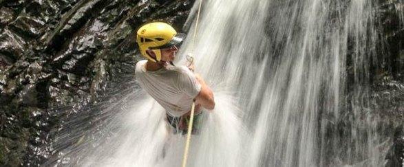 costa-canyoning-waterfall-1