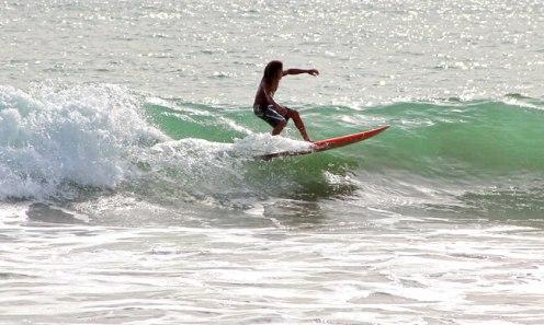 surfing-in-costa-rica